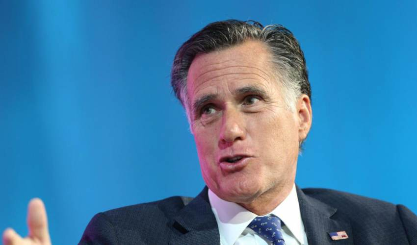 Mitt Romney says he'll make decision on… - news of today