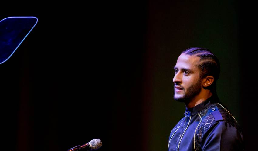Colin Kaepernick decries police killings as… - news of today